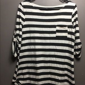 Black and white striped boat tee